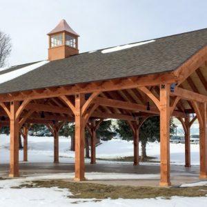 Деревянный навес: практичное и многофункциональное решение на даче, фото реальных конструкций