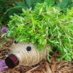 Новинки поделок для сада — творческий подход и фантазия залог успеха в дизайне и обустройстве участка