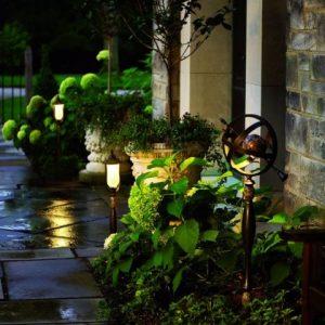 Освещение участка: эффективно и рационально планируем и делаем своими руками