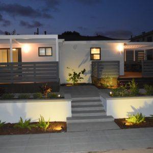Подсветка фасадов — расставляем модные акценты в убранстве дома и участка, функционально и эстетично