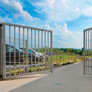 Распашные ворота — классический вариант от простого до солидного своими руками
