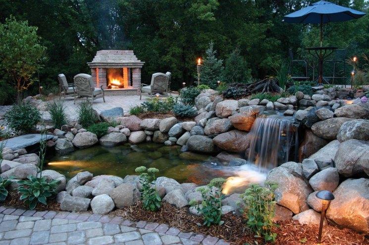 Как сделать водопад и фонтан с прудом своими руками