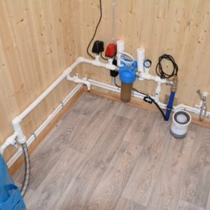 Водоснабжение на даче — обзор типовых решений и конструкций, правила монтажа и запуск оборудования