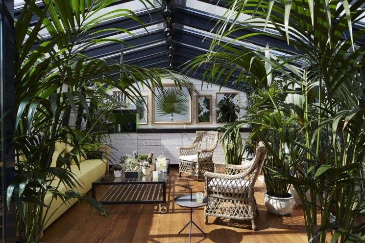 Зимний сад в загородном доме – как построить своими руками